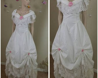 Vintage 70's white and pink flowers dress 70's gown