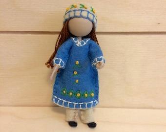 Fanny - Miniature doll - Bendy doll - Faceless doll - Dollhouse doll - Pocket doll - Waldorf doll - Montessori toy
