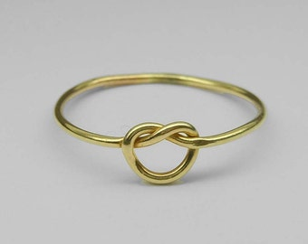 Vintage Gold Tone Love Knot Ring with Gift Box Size 5.5