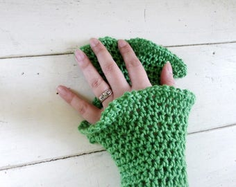 Crochet fingerless gloves, crochet wrist warmers, green, hand knit, ready to ship, winter wear, women's gift idea, accessory