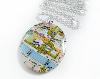 Musée du Louvre Paris Map Necklace on a Large Silver Locket, Vintage Oval Locket, Vintage Map, Travel Jewelry, Gift for Her, Ready to Ship