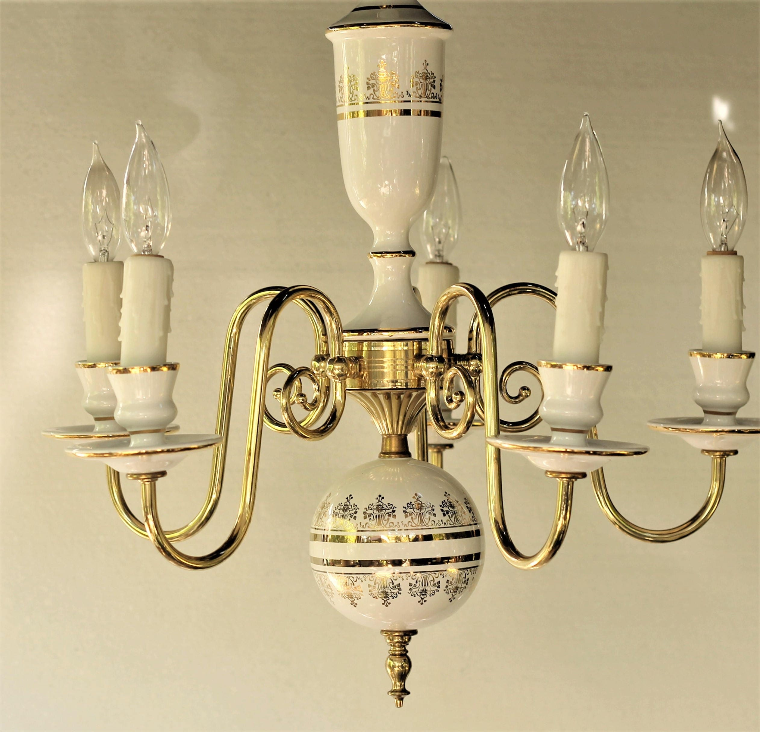 Vintage elegent brass ceramic white and gold 5 arm chandelier zoom arubaitofo Image collections