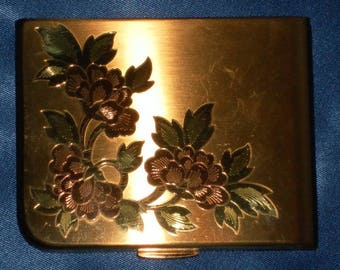 Art Nouveau Vintage 1940's Gold Tone Elgin American Floral Etched Square Compact - EXCELLENT!