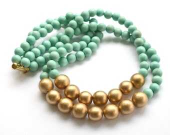 mint necklace / mint green bead necklace / mint and gold necklace / mint bridesmaid necklace / beaded necklace / light turquoise necklace