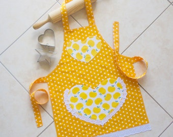 Kids & Toddlers Apron yellow, girls kitchen craft play apron, childs lined cotton apron with yellow apples and polka dots, lace heart pocket