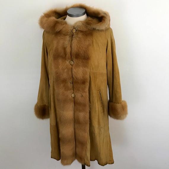 1970s suede jacket boho fur trimmed mustard swing coat hood festival A line 1960s hippie 60s Mod scooter yellow fox fur UK 10
