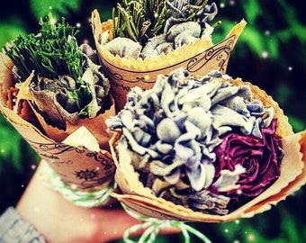 Smudging sticks - ritual - cleasning - divination - protection - sage - rosemary - cedar - mugwort - juniper - cypress - lavender - rose
