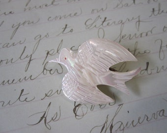 vintage carved MOP bird pin - mother of pearl, shell, mop bird - made in Taiwan