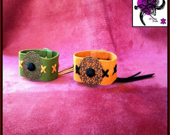 Suede leather cuff bracelet, customized.