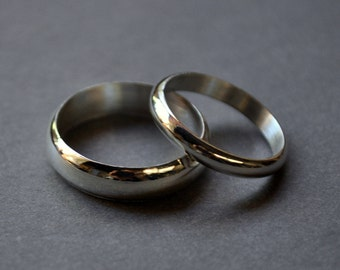 Wedding Rings. Wedding Band Set. High Shine. His & hers ring set. Recycled sterling silver wedding bands.