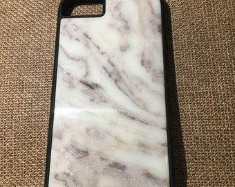Case for the iPhone with a paste made of natural marble!