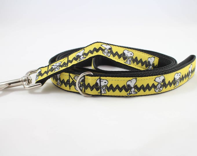 snoopy inspired dog leash, peanuts dog leash, yellow leash, pet gift, dog accessory, bozies bags