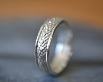 Dragon Scale Ring, Men's Sterling Silver Wedding Band, Personalized Fantasy Jewelry, Custom Engraved Engagement Band