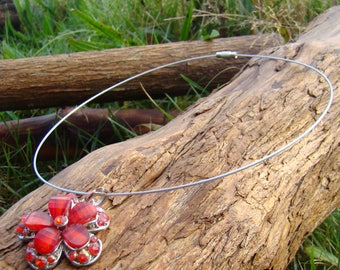 Red Flower pendant Choker Necklace