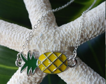 Pineapple necklace - Pineapple charm - Hawaii charm - Hawaii necklace - Beach necklace - Fruit necklace - Pineapple connector