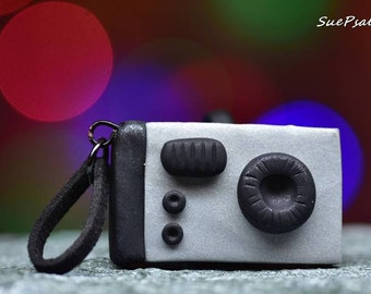 Vintage Camera Charm, Polymer Clay Camera Charm, Hand sculpted, Instamatic Camera Charm, Camera Ornament, Camera Pendant, Camera Keychain