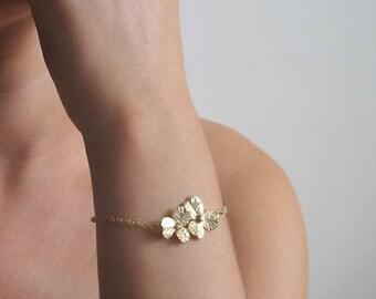 Dainty Bracelet Gold - Delicate Bracelet - Flower Bracelet - Gold Bracelet - charm bracelet - Bridesmaid Gift - Bridesmaid Jewelry