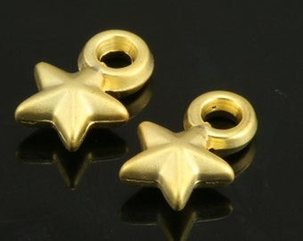 20 pcs 11 mm gold plated acrylic plastic star bead drop 35