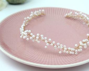 Delicate Pearl Hair Vine, Wedding Halo, Wedding Headdress,Bridal Headband,Wedding Crown,Pearl Headdress,Wedding Tiara,Crystal & Pearl Tiara
