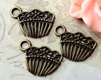 14 x 20 mm Antique Bronze Comb Shaped Pendant (.tn)