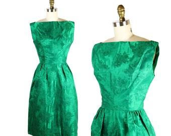 1950s Green Dress / 50s Dress Emerald Roses / Kelly Green Rose Brocade Dress