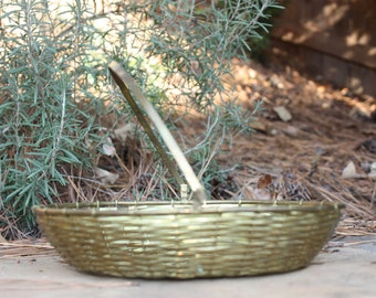 Solid brass woven basket with handle // Easter basket // rustic decor // farm house decor