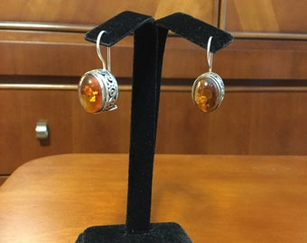 Silver amber Suarti Bali BA earrings