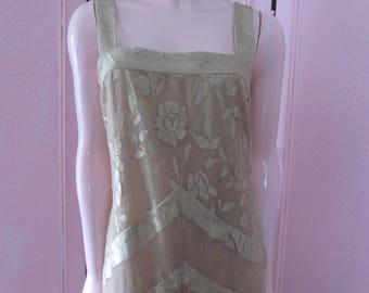 "1980s Beige Lace Gown by ""Damianou,"" Size L"