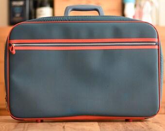 Vintage Suitcase Bantam Travelware Children's Carry On Bag Mini Travel Bag