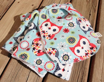 Baby Gift Set: Baby Blanket, Bib, Burp Cloth - Owl Print