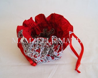 Jewelry - red flowers
