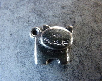 5 silver metal cat charms