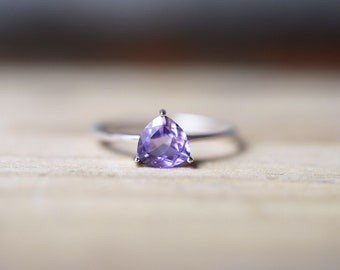 Amethyst Ring, Purple Gemstone Ring, Natural Amethyst Ring, Amethyst Jewelry, February Birthstone Ring, Amethyst Engagement Ring, Size 8 9