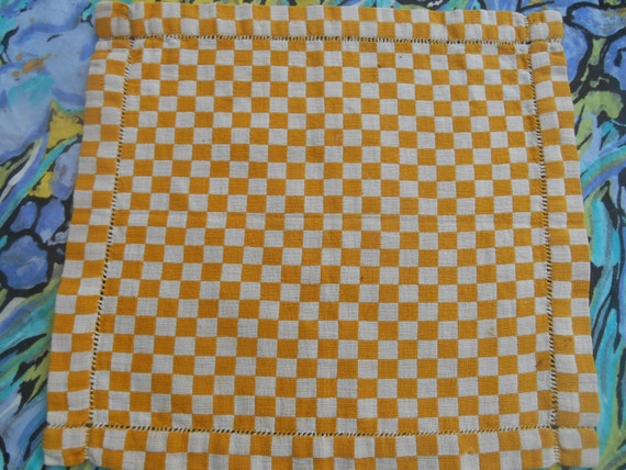 Rustic Square Doily Handmade French Yellow Checkered Metis Linen Country Side Sewing Assemblage #sophieladydeparis