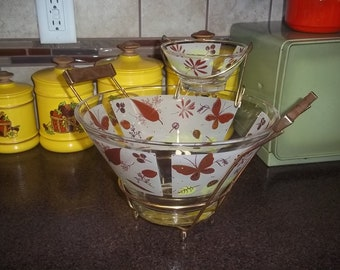 Mid Century Autumn Leaves and Butterflies Chip and dip set Anchor Hocking Rare Pattern!