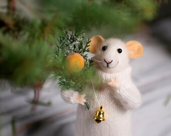 Needle Felted mouse , Woolen mouse  , Art Doll , Waldorf animal , Eco-friendly