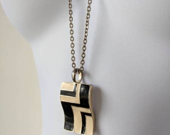 Black & White Wavy Rectangular Pendant Necklace on a silver cable chain