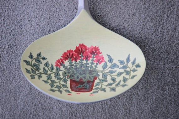 Ornament, Unique, Collectible Painted Ladle, floral art, Geraniums and Ivy, Small Gift, hand painted