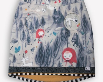 the little Red Riding Hood skirt for girls with round pockets