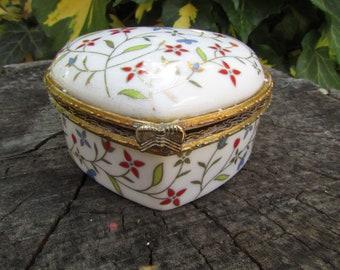 Ceramic jewelry box heart - Vintage jewelry box - Heart jewelry box - Jewelry box - Ceramic jewellery holder - Ceramic - Jewelry - Gift idea