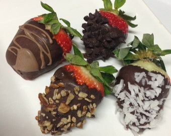 12 Gourmet Chocolate Covered Strawberries