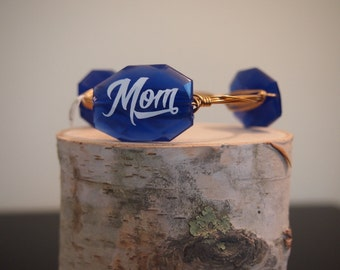 MOM bangle bracelet to show off school pride