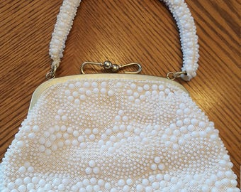 FREE SHIPPING Vintage 1940s/1950s pearl beaded handbag/ evening purse Retro Glamour