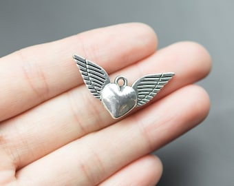 5 Heart Wing Charms 18x34mm 1119-9590