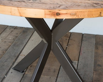 Round Farmhouse Tabledining table in reclaimed wood and steel