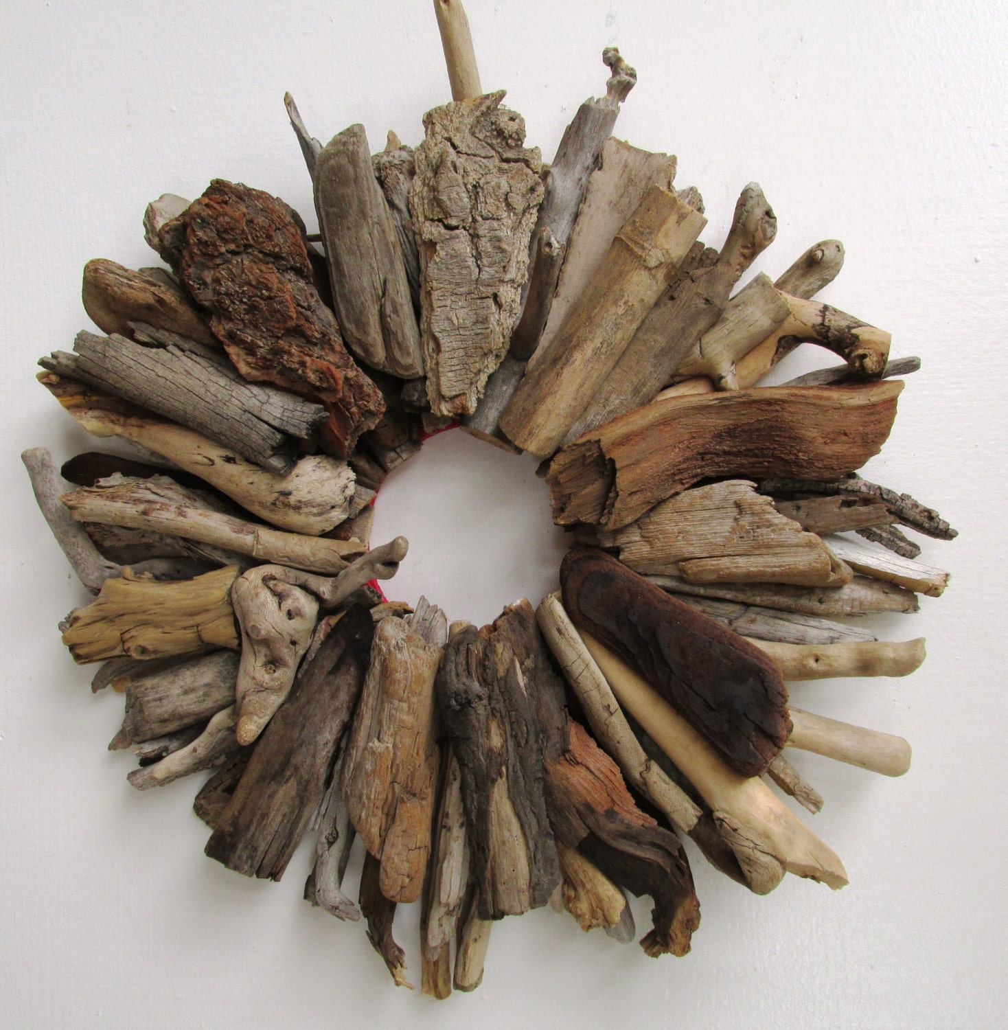 Driftwood wreath rustic home decor beach home decor made to zoom teraionfo