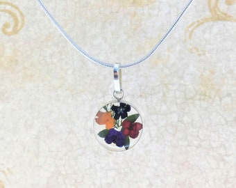 Real Flowers Necklace, Wild Flowers Necklace, Miniature Dried Flowers Necklace, Pressed Flowers Jewelry,Mother's Day Jewelry