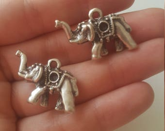 2 elephant antique silver plated charms