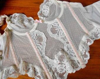 Vintage Jezebel Antique Ivory Lace Bustier- Size 34