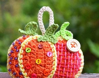 Crochet pumpkin decoration/ ornament/ hanger - crochet pattern by VendulkaM, DIY/pdf